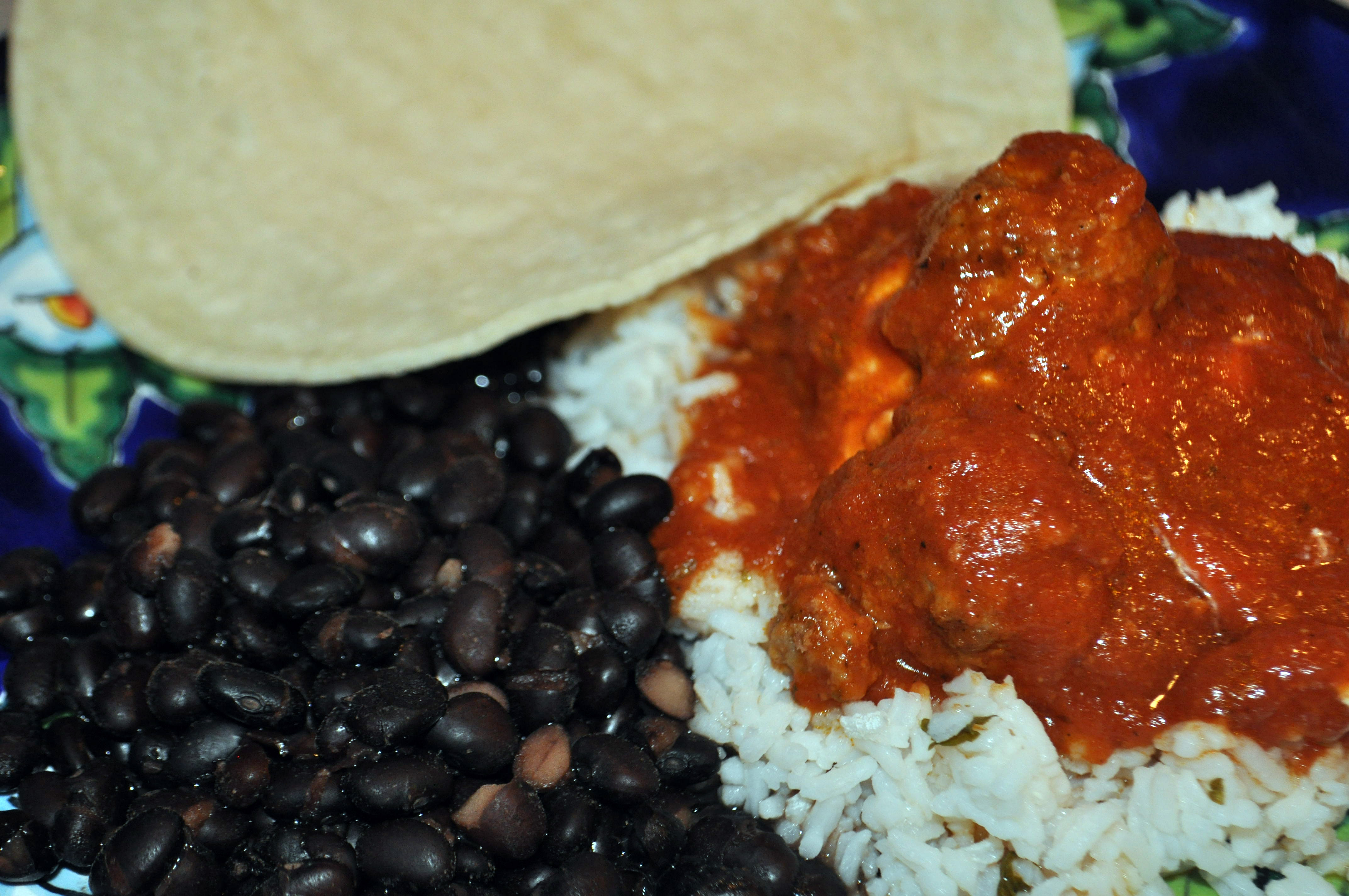 Mexican Style Meatballs in Chipotle Sauce – Albondigas | Suz Daily