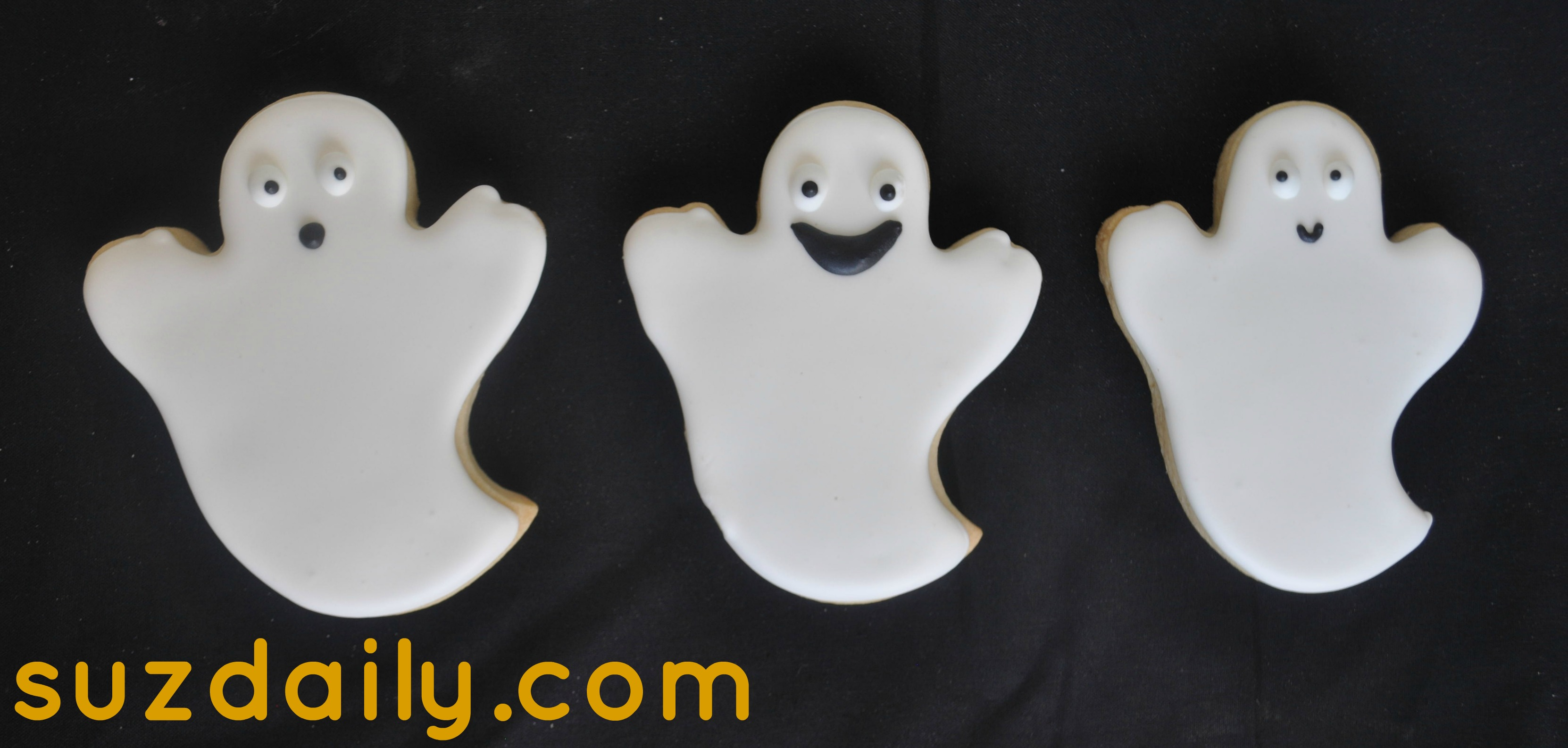 Cute Ghost Cookies for Halloween