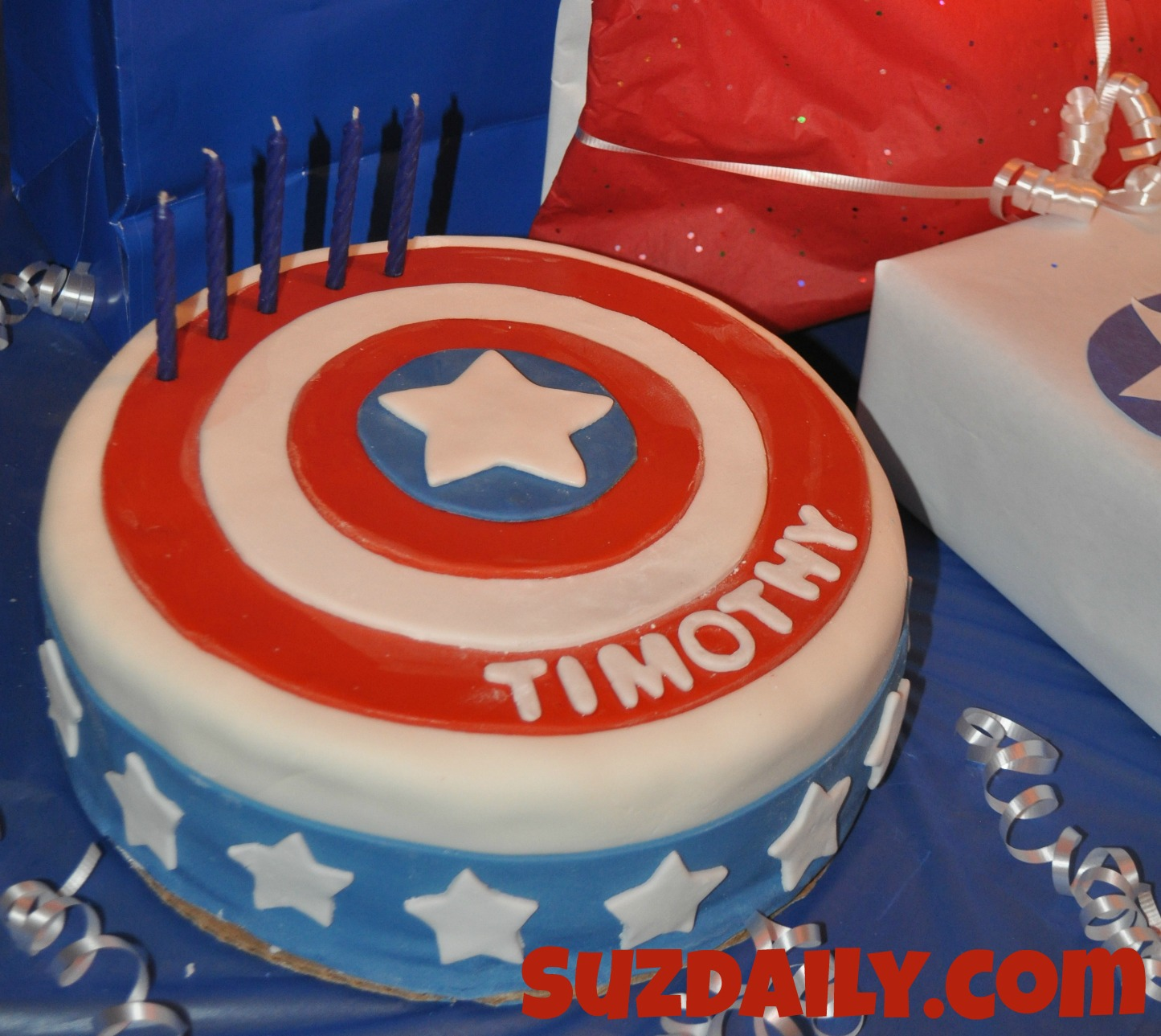 Wondrous How To Make A Captain America Cake Suz Daily Funny Birthday Cards Online Elaedamsfinfo
