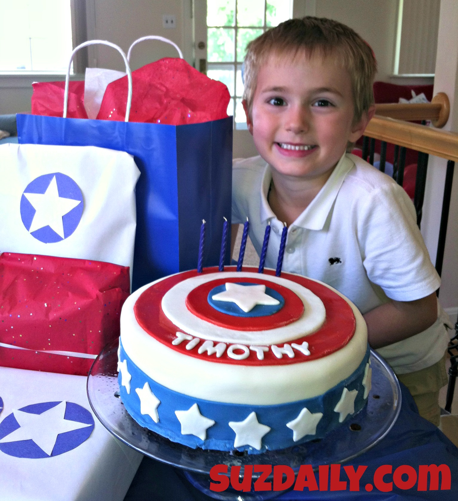 Pleasant How To Make A Captain America Cake Suz Daily Funny Birthday Cards Online Elaedamsfinfo